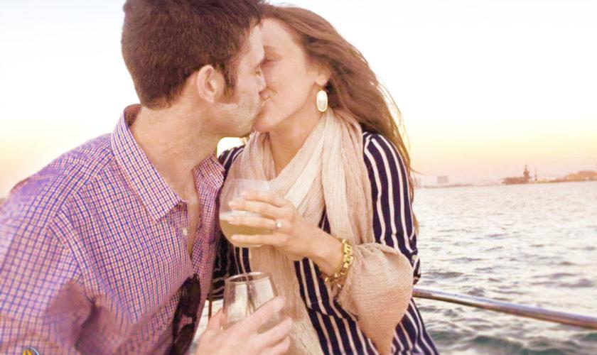 couples sailing tour