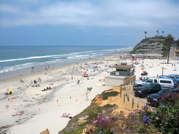 Sandy Spotlight: Moonlight Beach