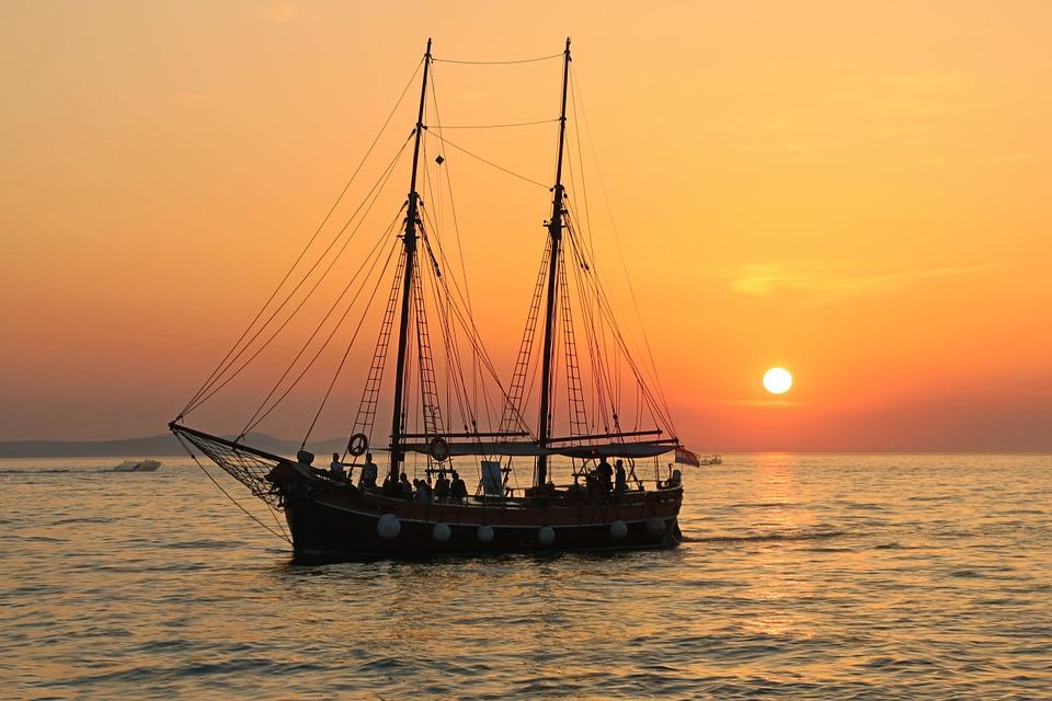 Sunday Funday: Sailing Myths!