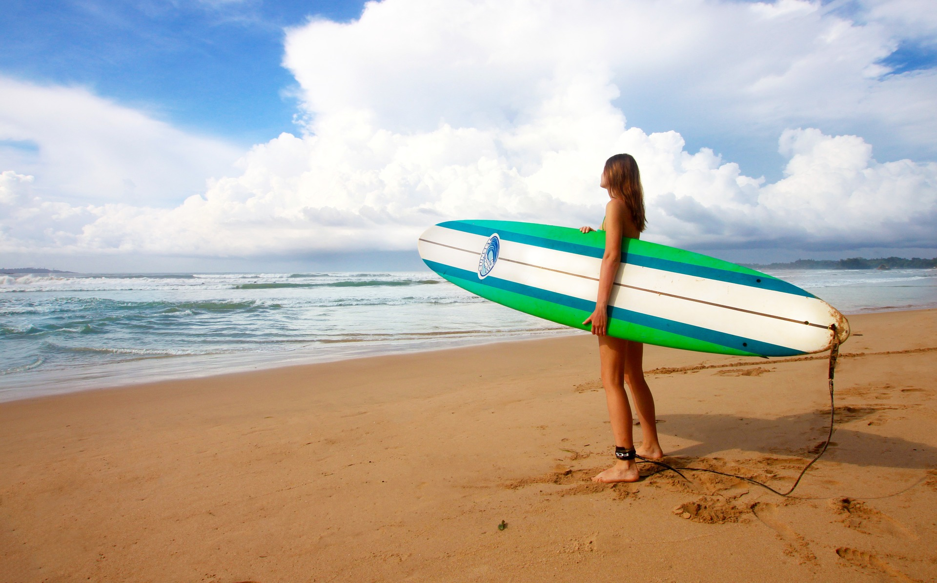 Top 3 Places For Winter Surfing!